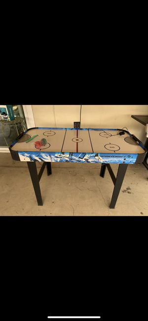 Air hockey table $20 OBO for Sale in Escondido, CA