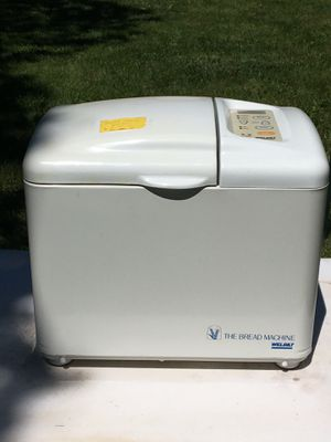 Welbilt bread maker in like new condition for Sale in Hamilton, OH