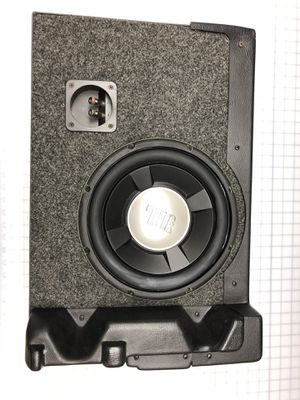 """Q sub box with 10"""" JBL subwoofer for Sale in Orlando, FL"""
