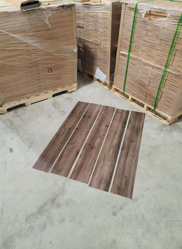 Luxury vinyl flooring!!! Only .65 cents a sq ft!! Liquidation close out! 73