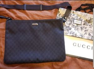 Authentic Large Gucci Unisex Messenger Bag for Sale in San Diego, CA