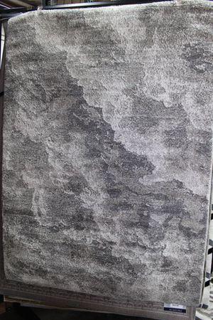 5 x 7 Area Rug, SILVER FOG for Sale in Santa Fe Springs, CA