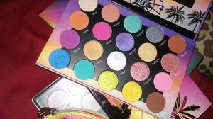3 eyeshadow pallets for Sale in Gibsonton, FL