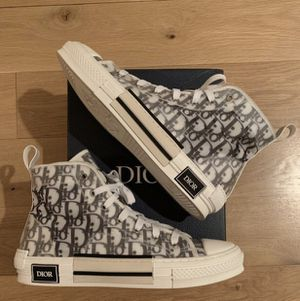 Christian Dior men's high top sneaker for Sale in Lynwood, CA