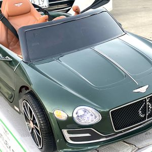 BRAND NEW Green Bentley EXP12volt REMOTE CONTROL MODEL ELECTRIC KID RIDE ON CAR POWER WHEELS for Sale in Irvine, CA