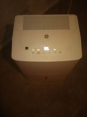 GE 50 pint dehumidifier! $60 OBO for Sale in Columbus, OH
