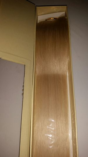 """20 """" Blonde #613 Hair extensions for Sale in Downey, CA"""