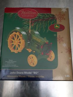 COLLECTABLE JOHN DEERE BO TRACTOR for Sale in East Islip,  NY