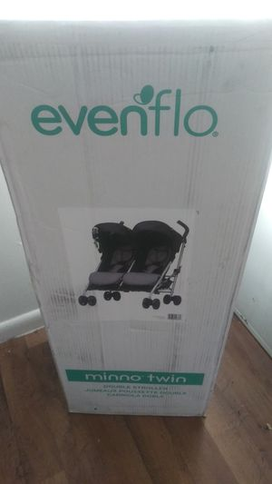Evenflo Monno twin (double stroller) for Sale in Tampa, FL