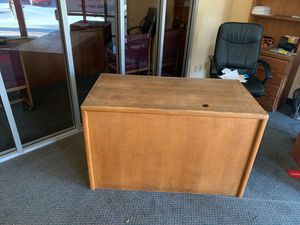 Solid Wood Desk for Sale in Rancho Cucamonga, CA