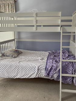 Bunk bed Twin over Full for Sale in Shrewsbury,  MA