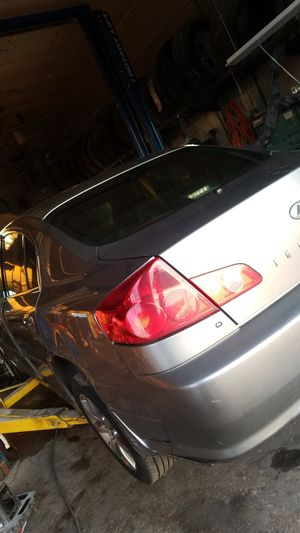 Infiniti g35 parts 2005 for Sale in North Ridgeville, OH