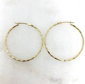 14k solid gold earrings for Sale in Miami, FL