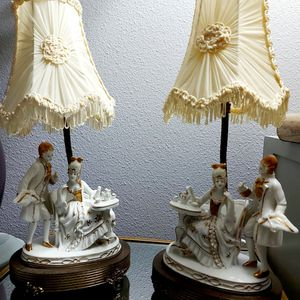 VINTAGE PAIR OF LAMPS, VICTORIAN TEA TIME COUPLE. WHITE PORCELAIN BOUDOIR LAMPS. for Sale in Cathedral City, CA