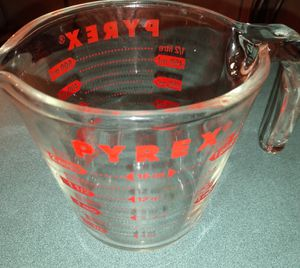 Vintage solid glass Pyrex measuring cup two cups with handle and pouring spout won't last only $15 for Sale in Mount Vernon, WA