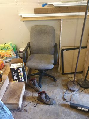 Rolling desk chair for office for Sale in Gig Harbor, WA
