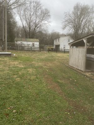 Dog kennels for Sale in Thornhill, VA