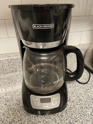 BLACK & DECKER COFFEE MAKER for Sale in Fort Washington, MD