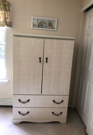 White Formica Bedroom sat with Soma water bed mattress for Sale in Freehold, NJ