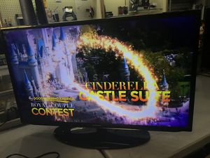 """40"""" Samsung Smart HDTV for Sale in Baltimore, MD"""