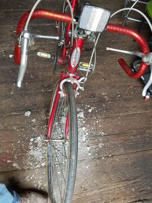 Schwinn women's varsity 10 speed vintage bike for Sale in Beaver Falls, PA