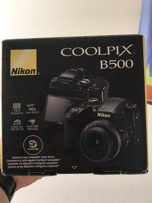Nikon B500 Camera for Sale in Fullerton, CA