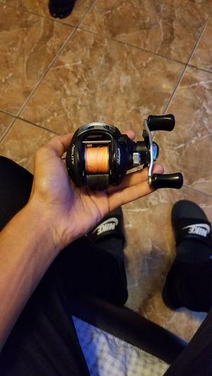 Bait caster/fishing reel for Sale in Hialeah, FL