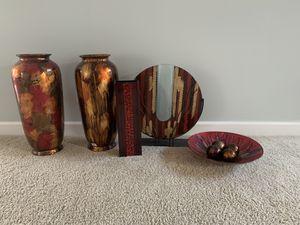 Five piece home decorative vases for Sale in Nashville, TN