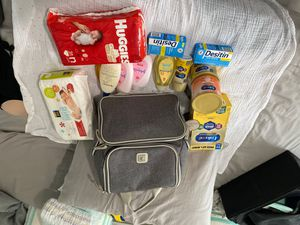 Baby bundle for Sale in Brooklyn, NY