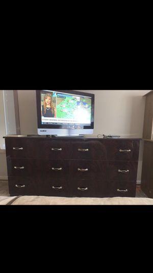 Bedroom Set for Sale in Macomb, MI