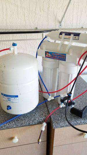 Carbon filter reverse osmosis water filter for Sale in Lake Park, FL