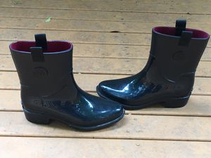 TOMMY HILFIGER LADIES BLACK RAIN BOOTS SIZE 8 M for Sale in Puyallup, WA