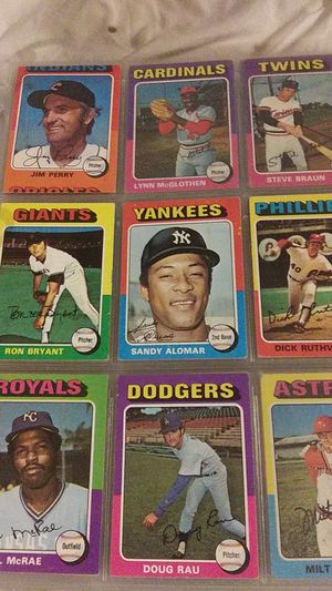 1975s for sale Topps Baseball Cards for Sale in Phoenix, AZ