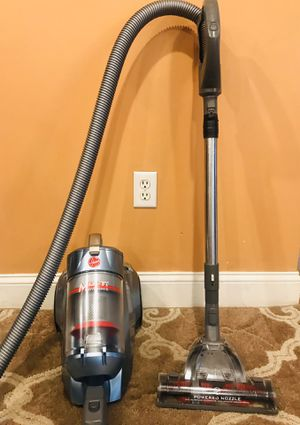 Hoover Windtunnel Bagless Canister Vacuum Cleaner for Sale in Raymond, NH