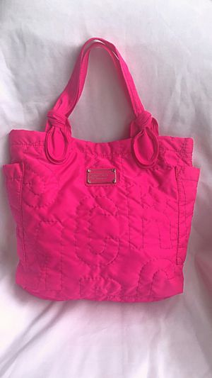 Marc Jacobs hot pink Pretty nylon tate tote bag for Sale in Lynnwood, WA