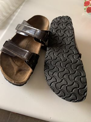 Birki's by birkenstock Brown Patent Leather for Sale in Bakersfield, CA