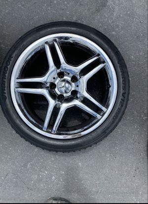 18 in amg wheels and tires $500 for Sale in North Highlands, CA