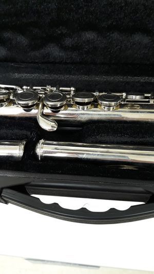 Millbrook Flute w/ Case for Sale in Chicago, IL