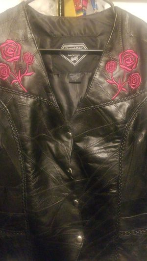 Motorcycle Leather Vest (L) for Sale in Miramar, FL