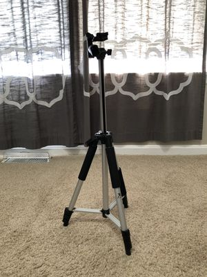Xit Compact Tripod for Sale in Clifton, VA