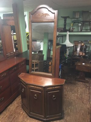 CREDENZA WITH WALL MIRROR for Sale in Seven Valleys, PA