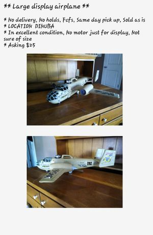 Display airplane $10 for Sale in Dinuba, CA