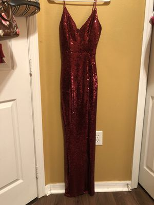 Prom burgundy dress size small for Sale in Seffner, FL