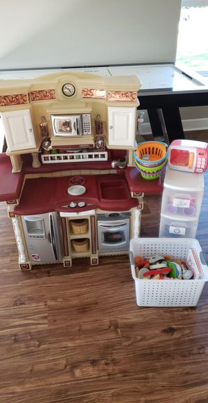 Play Kitchen for Sale in Sumner, WA
