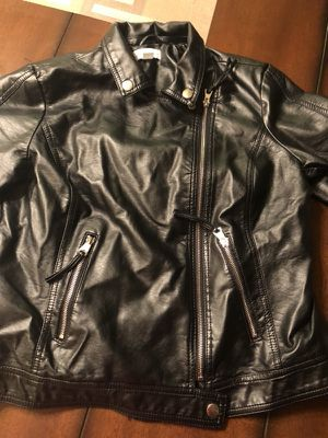 Jaclyn smith collection - leather jacket women's for Sale in Detroit, MI