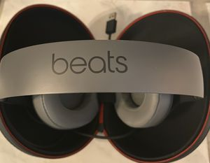 Beats Studio 3 Headphones with Charging Cord for Sale in Rancho Cucamonga, CA