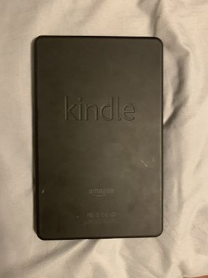 Kindle fire *hairline cracks on screen* for Sale in Tampa, FL