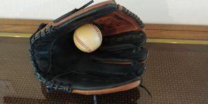 "Rawlings 12.5"" Glove...RH thrower for Sale in Georgetown, TX"