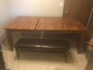 6-8 person dining table with built in leaf for Sale in Tulsa, OK