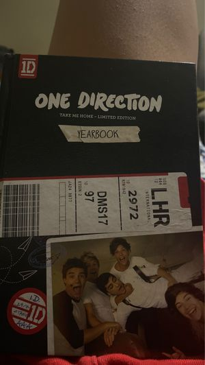 One direction limited edition take me home yearbook plus cd for Sale in Long Beach, CA